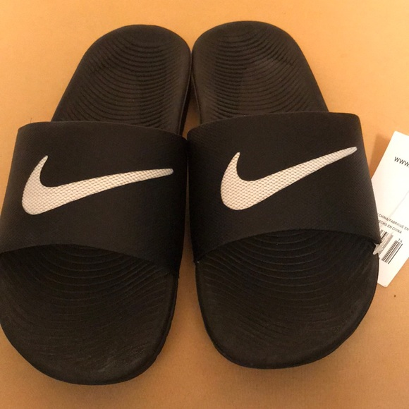 2095e94b3a14 NIKE women s KAWA SLIDE slip on. NWT